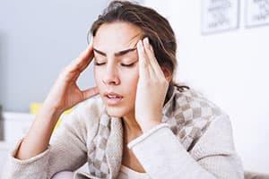 projectknow-shutter374246986-headache